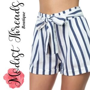 Striped Belted Short Pants